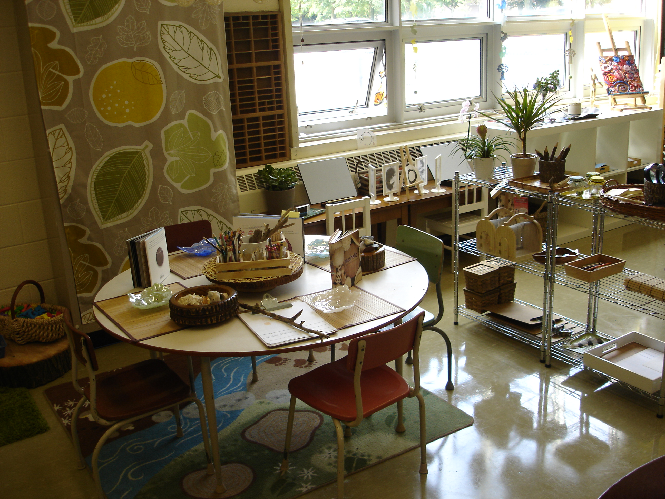 Natural Classroom Design ~ Reggio inspired classroom setup the curious kindergarten